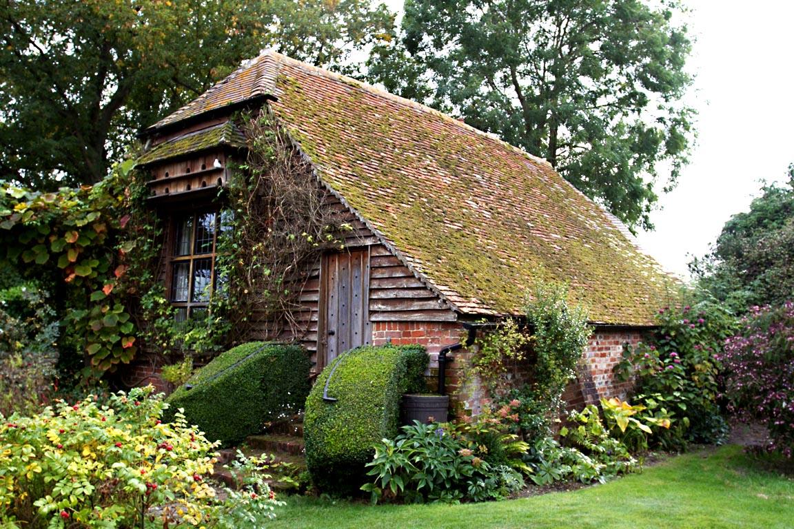 Romantic gardens diz white for House garden images